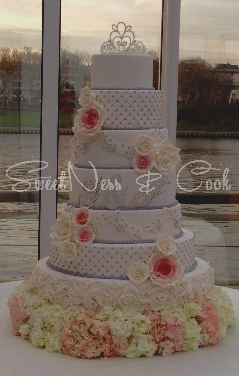 Wedding Cake Levallois Péniche
