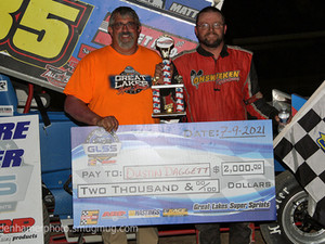Daggett and Irwin Collect Wins Friday at Hartford