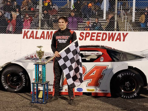 Roahrig Comes from Mid Pack for Intimidator Win