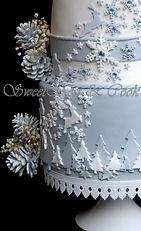 Atelier pâte à sucre, atelier pièce montée, atelier gâteau de Noël,  wedding cake Paris, Gâteau de mariage Paris, gâteau d'anniversaire, gâteau sur mesure, atelier pâte à sucre cake design, pièce montée paris