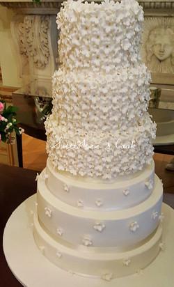 Wedding Cake Mona Bismarck