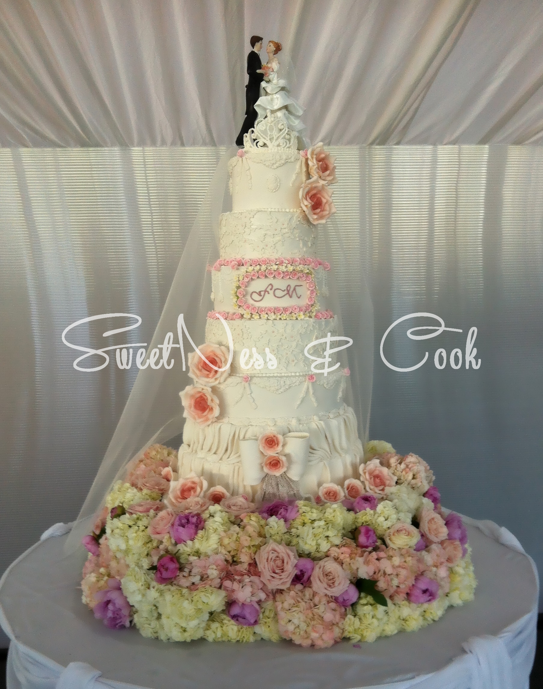 Wedding Cake Deauville
