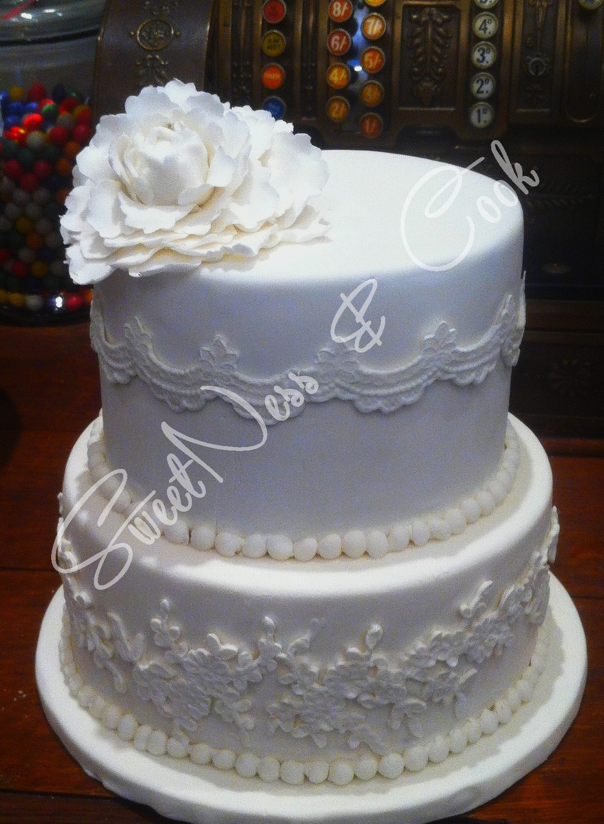 Wedding Cake Pretty Simple