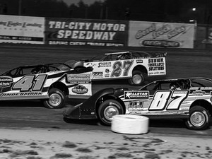 Late Model Challenge Series Event at Tri City Suspended