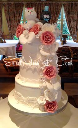 Wedding Cake Chatons