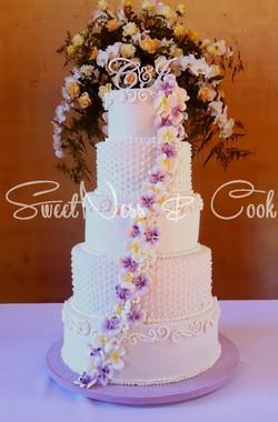 Wedding Cake tombée d'orchidées