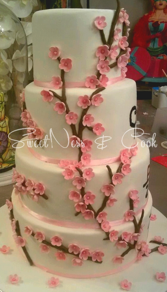 Wedding Cake Fleurs de cerisiers