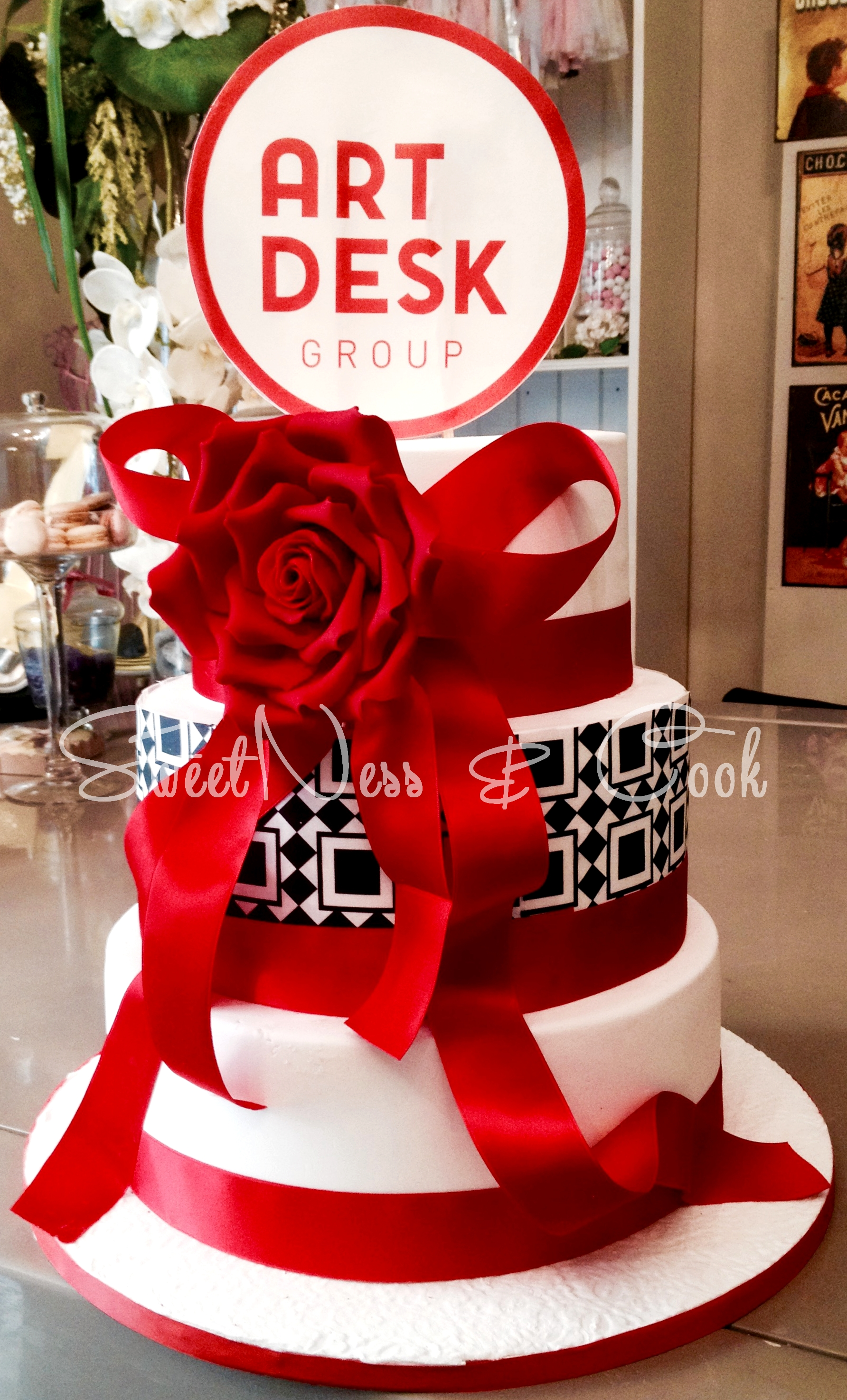 Wedding Cake ArtDesk