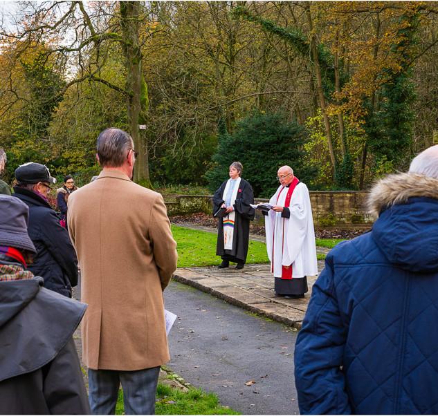 Remembrance Ceremony 2019, Holmes Park, Luddeden Foot