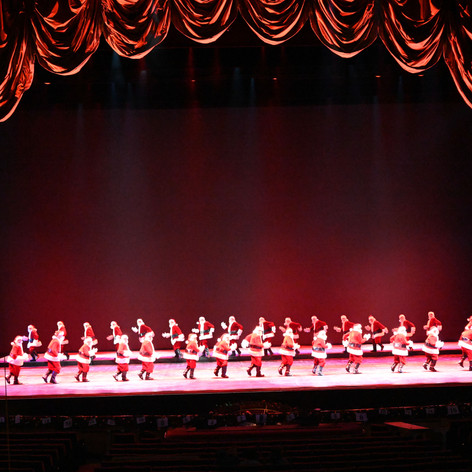 Christmas Spectacular, Starring the Radio City Rockettes