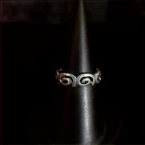 Ring Blacky