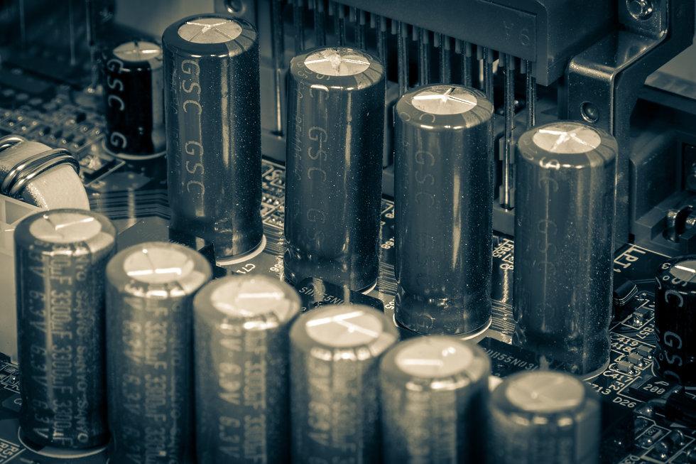 capacitors-5367873.jpg
