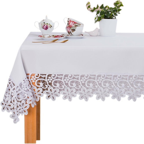 Stain-Resistant Tablecloth For All Occasions