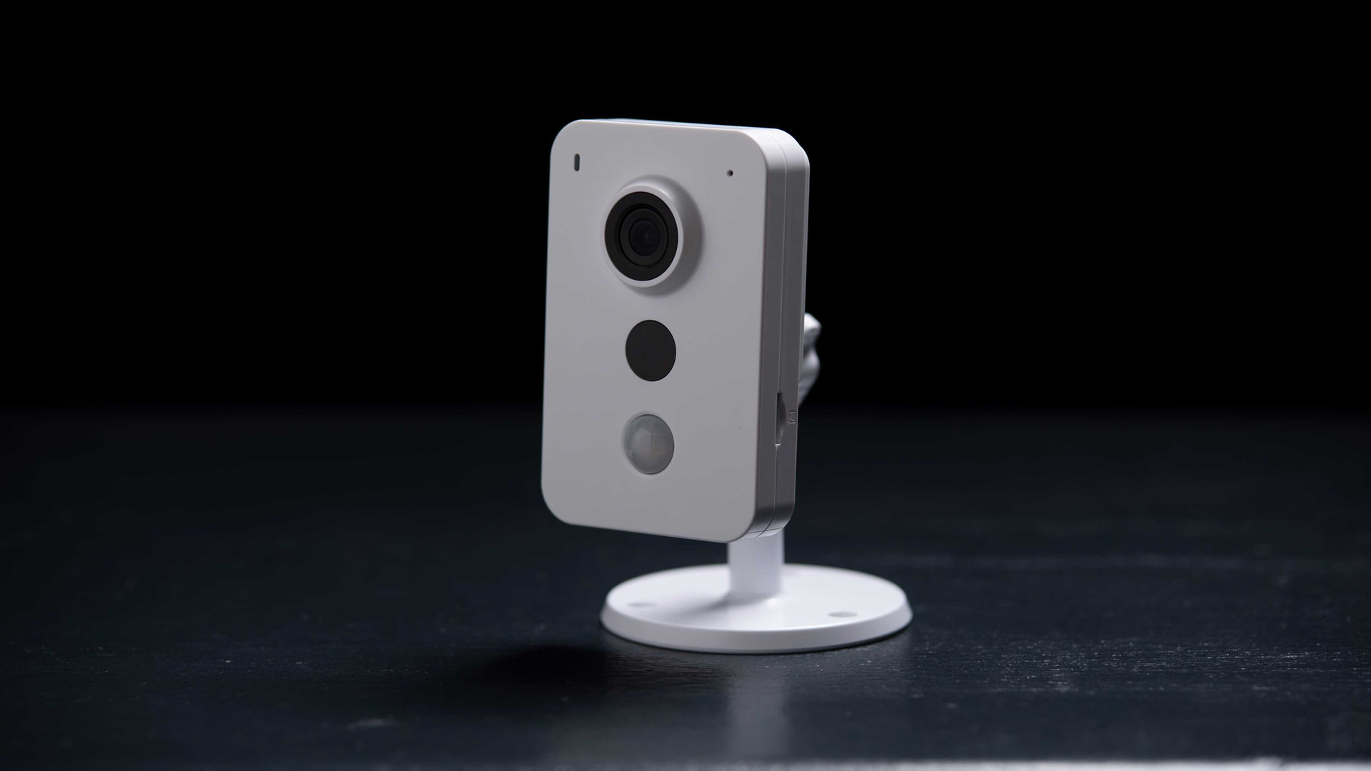 LiveViz Monitored Security Camera From AMCO