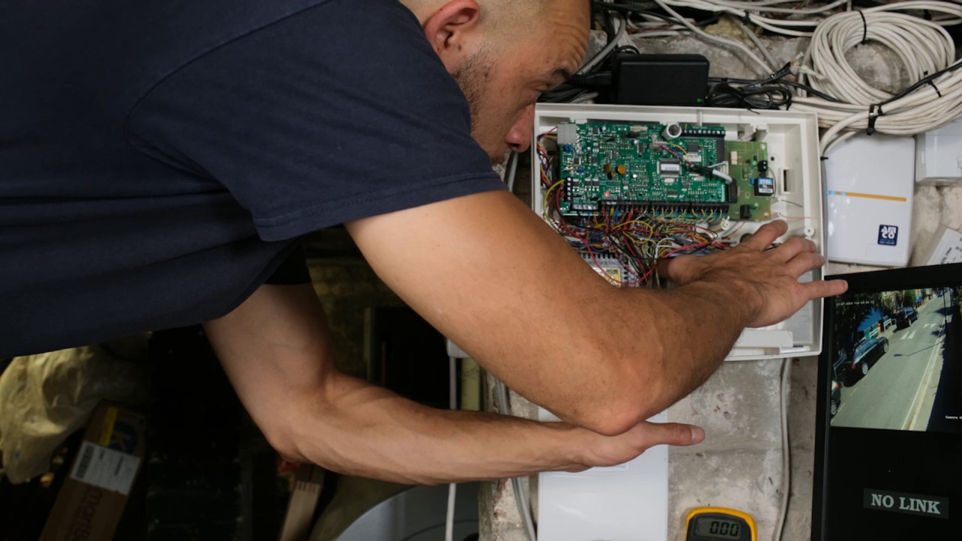 AMCO's Alarm Battery Replacement Service