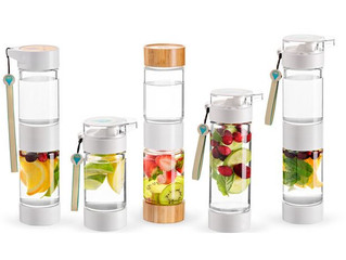 Which combination of fruits, teas, and herbs to put into your water bottle fruit infuser?