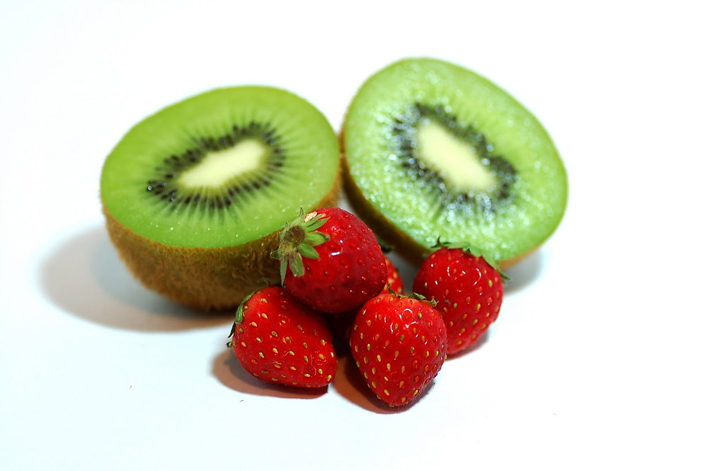 Kiwi, Straberries
