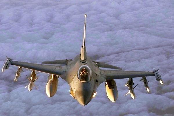 F-16_Fighter Jet 1.jpg