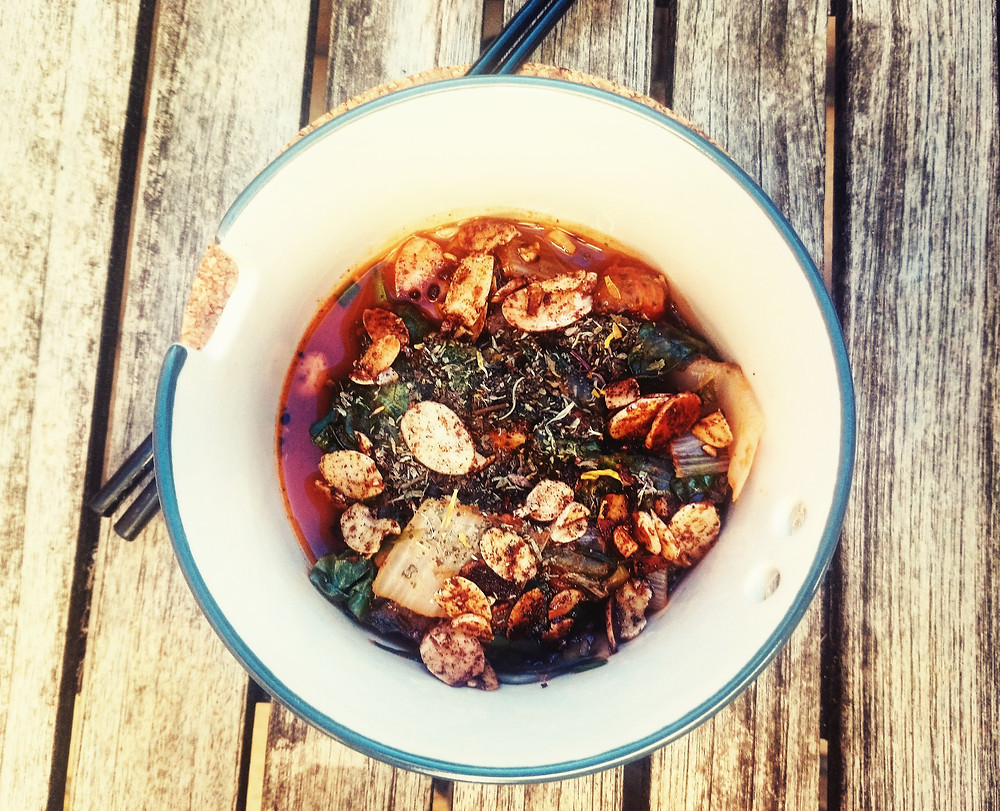 Recette de tomates, bettes, épinards et amandes / Blog culinaire / Les Petites Menteuses