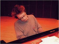 ジャズピアノ科レッスン講師 板橋文夫のライブ