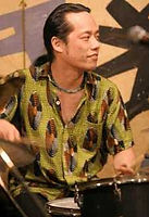 ドラム科レッスン講師 斉藤良のライブ@アケタの店