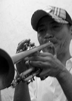 トランペット科レッスン講師 小野研二のプロフィール写真