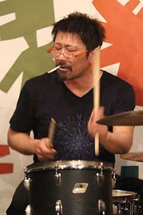 ドラム科レッスン講師 湊雅史のライブ@アケタの店