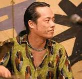 ドラム科レッスン講師 斉藤良のプロフィール写真