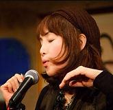 ボーカル・弾き語り・ボイストレーニング科レッスン講師 さがゆきのプロフィール写真