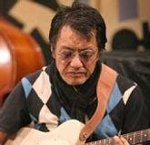 ジャズギター科レッスン講師 秋山一将のプロフィール写真