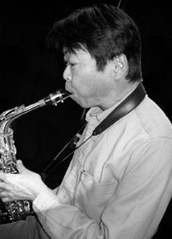 サックス・フルート・アンサンブル科レッスン講師 菊地昭紀のプロフィール写真