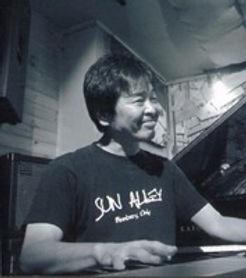 ピアノ・弾き語り科レッスン講師 須川光のライブ