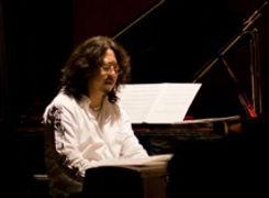 ピアノ・編曲科レッスン講師 久米大作のライブ