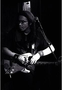 ロックギター科レッスン講師 酒井泰三のライブ