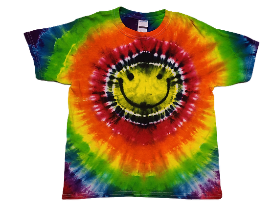 Make A Kid's Shirt with Colorful Circles around a Happy Face