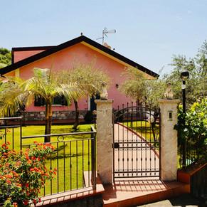 Cancelletto ingresso Villa