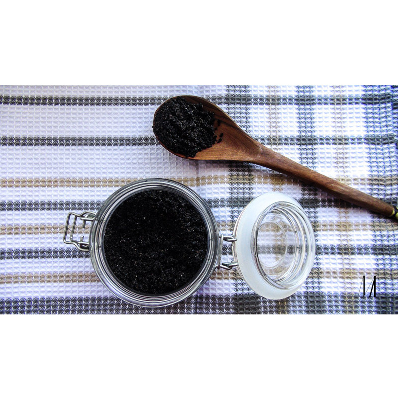 Benefits of coffee scrub with coconut oil from Mama Earth in Nairobi, Kenya
