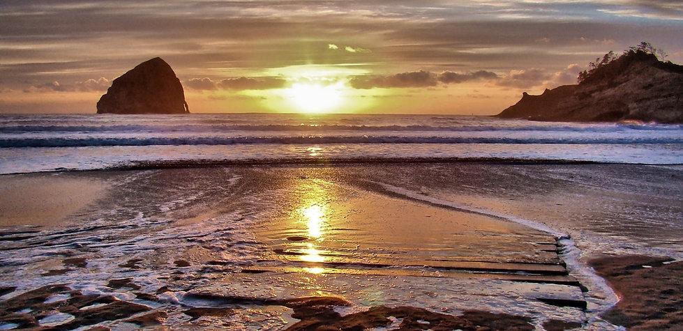 Cape Kiwanda beautiful sunset, Oregon Pacific Northwest