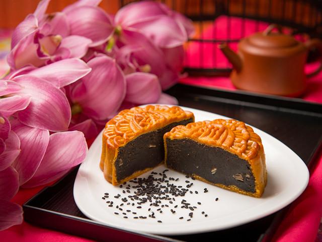 Cùng Haian Riverfront Hotel Da Nang tìm hiểu các loại bánh Trung Thu đầy chất dinh dưỡng