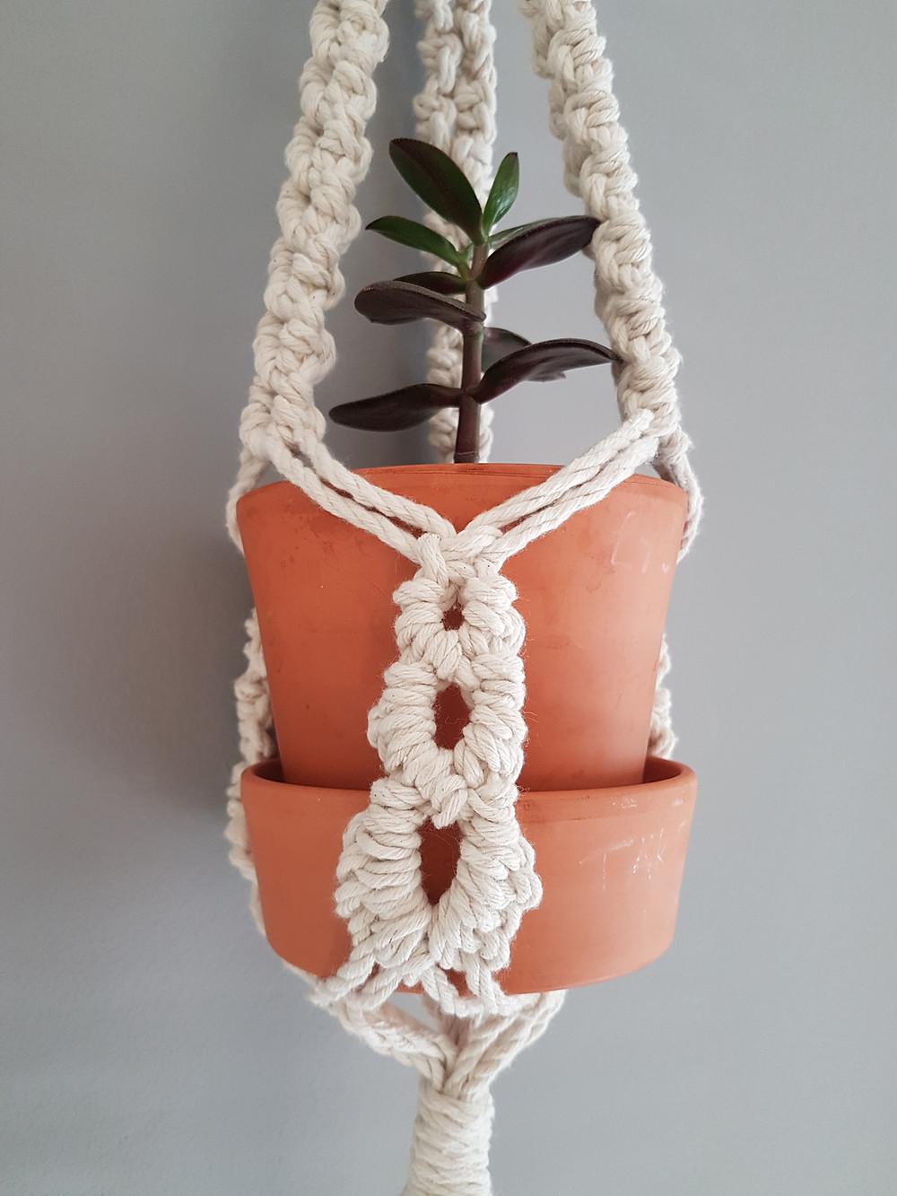 Macrame UK DIY macrame Plant Hanger Tutorial
