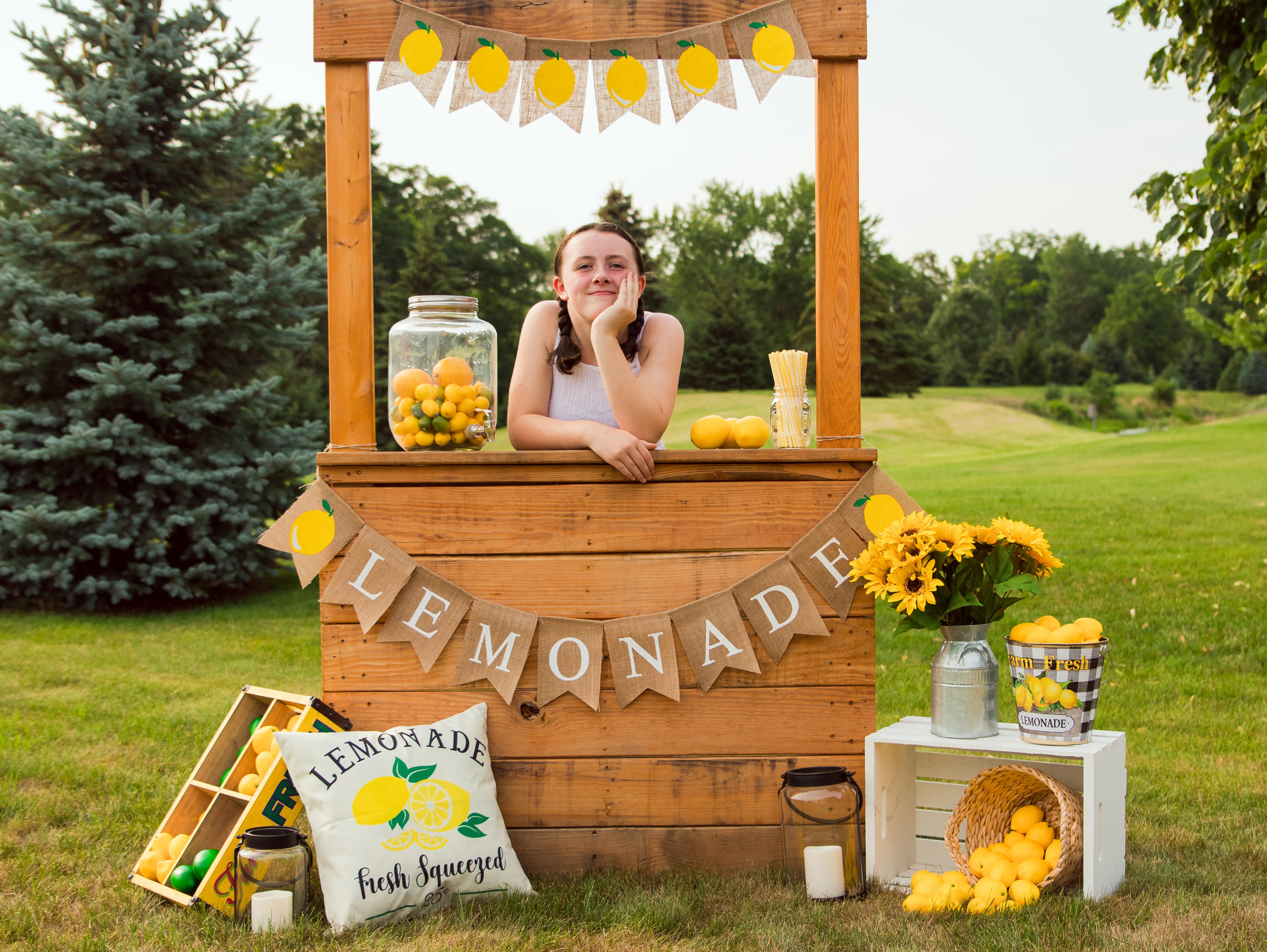Lemonade Stand Mini's