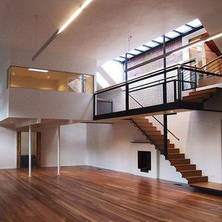 E+M HOUSE
