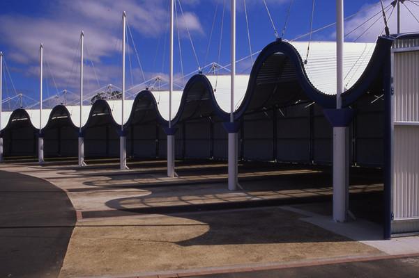 roundhouse01_slide003_01.jpg