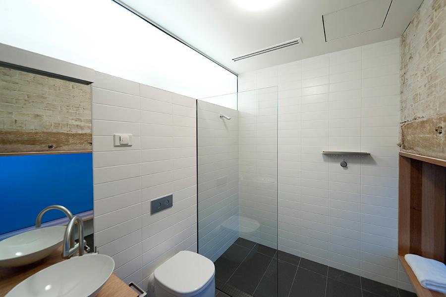 42goulburn08_044_bathroom.jpg