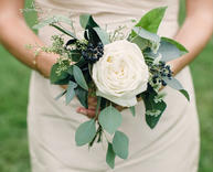 Small-Wedding-Bouquets-roses-green.jpg