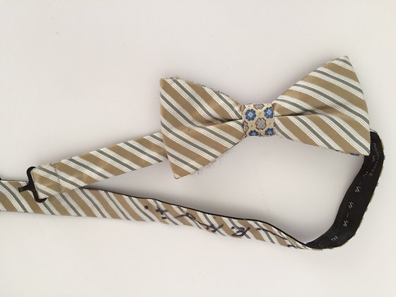 The original Dwight bow tie, signed!