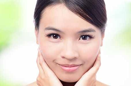 Get immediate results with expert facial treatments for aging in Chicago