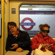 英国訪問で疲労困憊理事ーず
