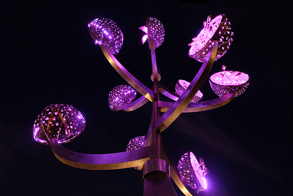 MH-Harmony-Tree-view4-night-closeup-pink