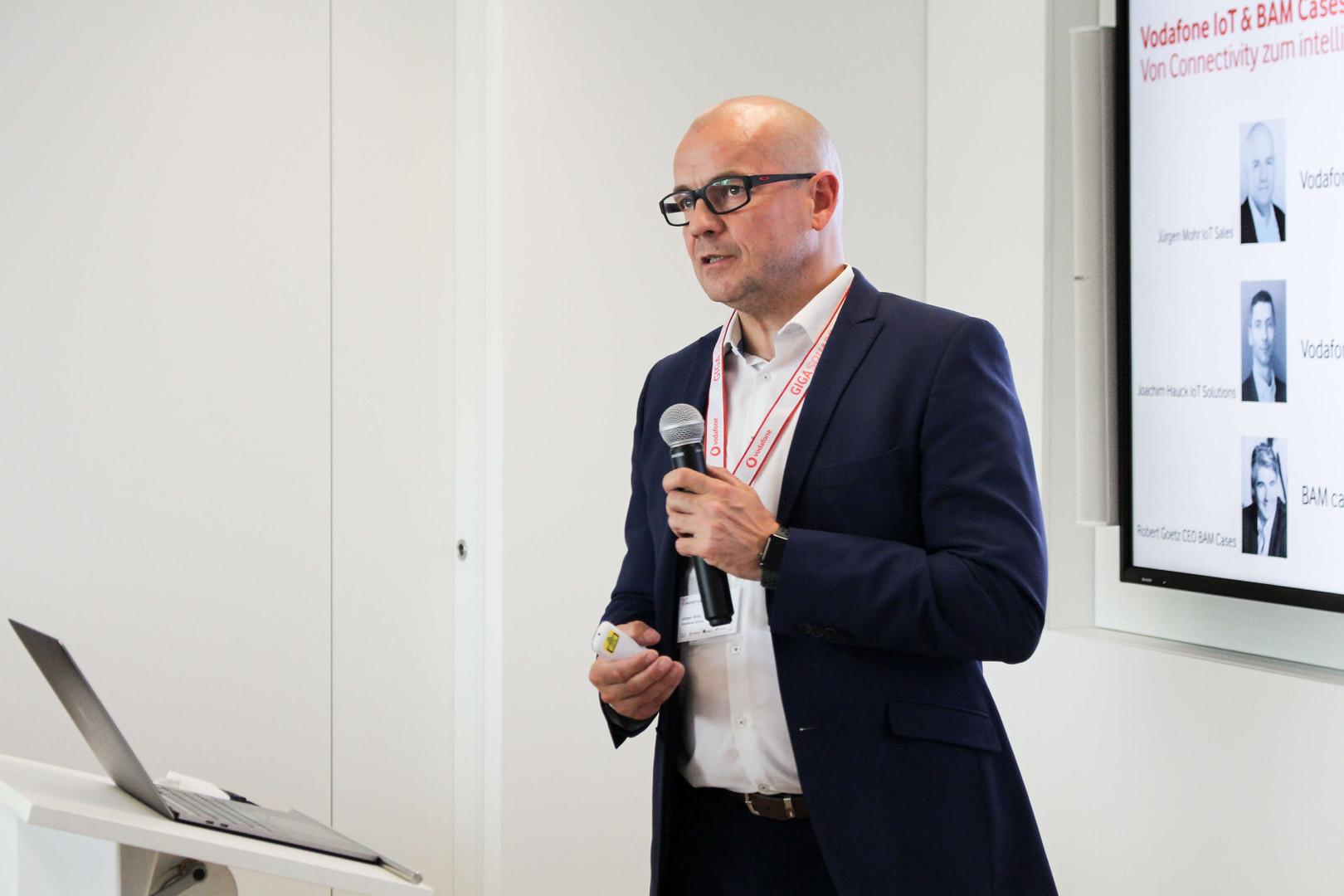 JÜRGEN MOHR   IoT Sales Manager, Vodafone Group